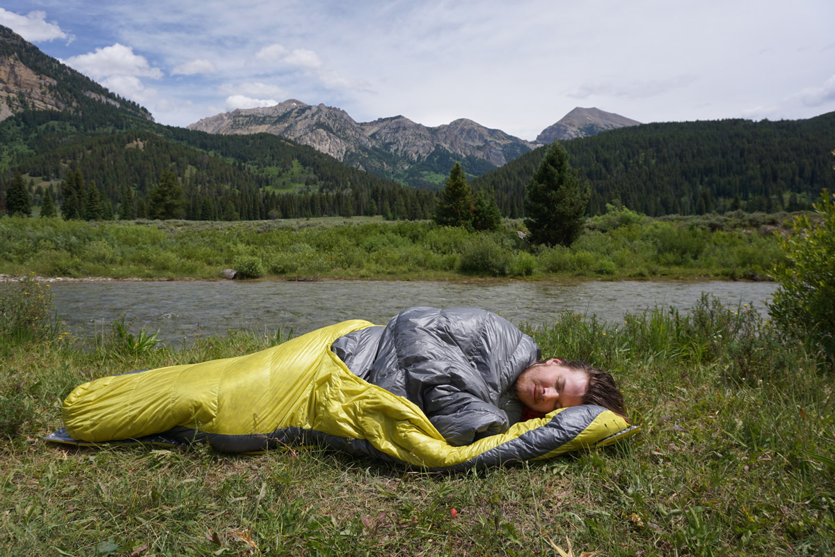 9 Best Men's Short Sleeping Bags | Page 2