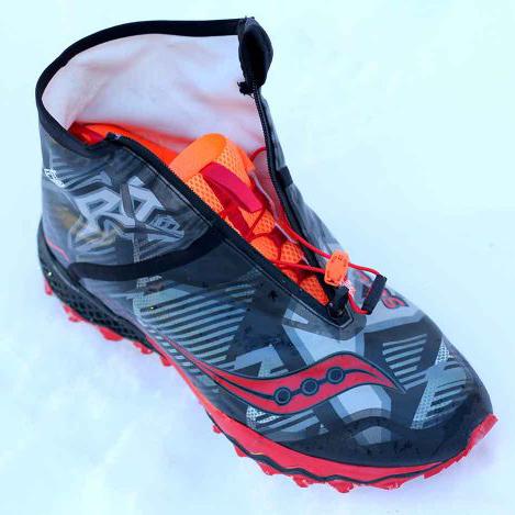 saucony-razor-ice-vibram-arctic-grip-700x469