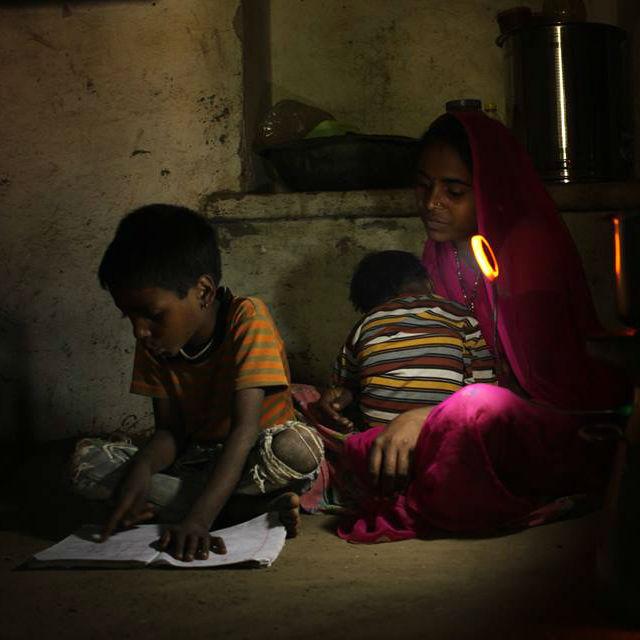 biolite-family-off-grid-india
