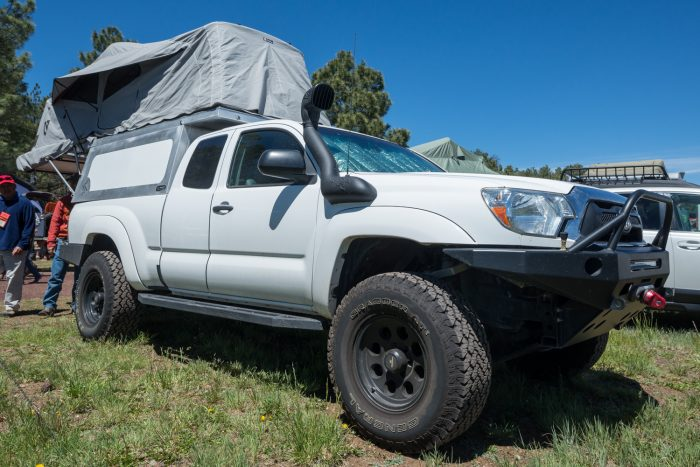 Flip Top pickup camper