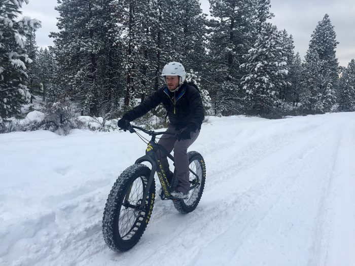 Fezzari Fatbike snow cycling