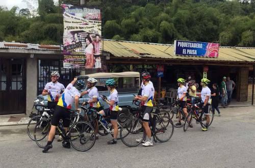 road-biking-colombia-stop