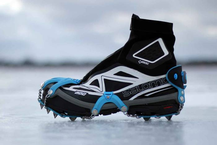 yaktrax-summit-on-ice