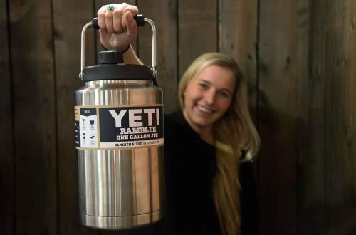 yeti-rambler-stainless-jugs