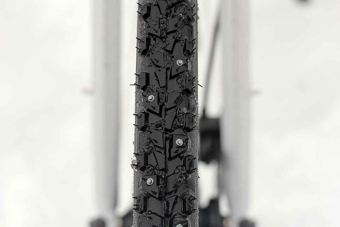studs on winter bike tires priority continuum