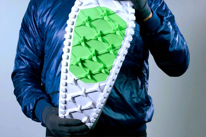 Eva-all-foam snowshoes with traction plate