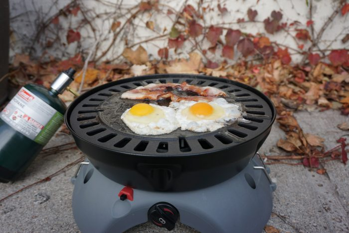 Eureka Gonzo Grill Cooking Eggs and Bacon1