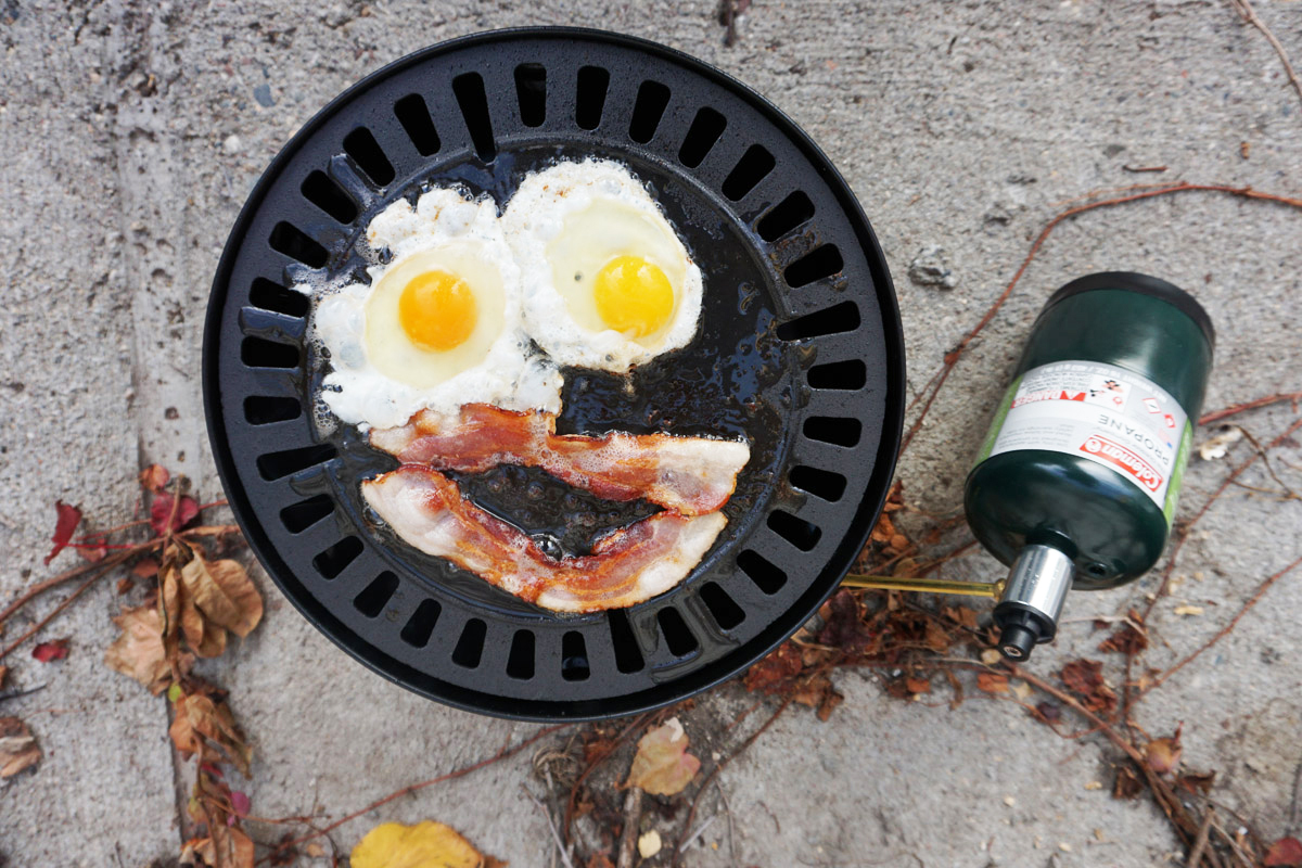 Gonzo Eggs grill