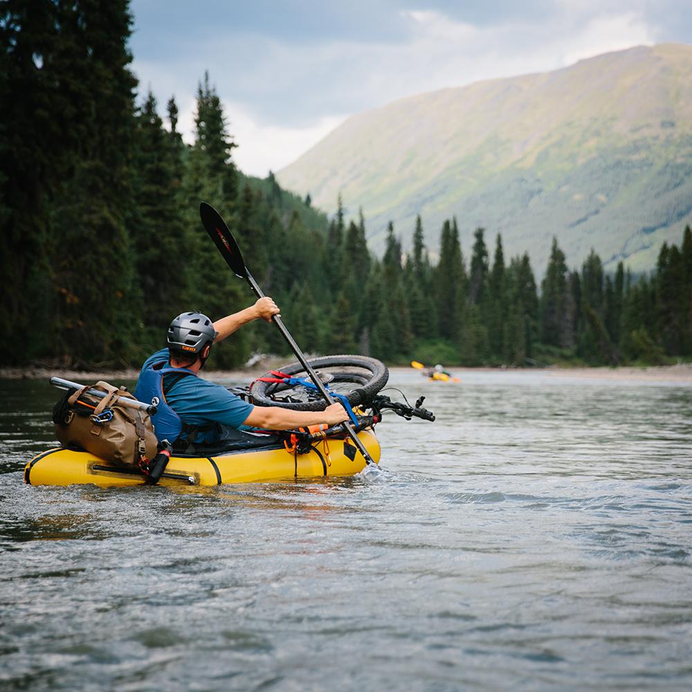 Spatsizi River Set off bikerafting sacred headwaters