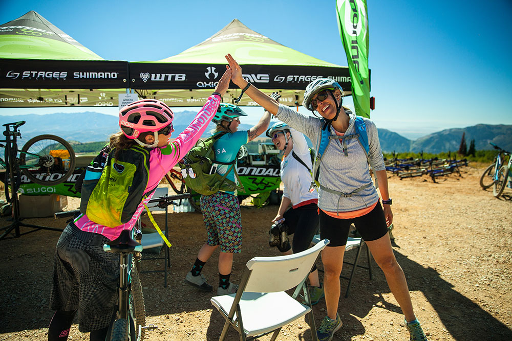 outessa summit women mountain bike