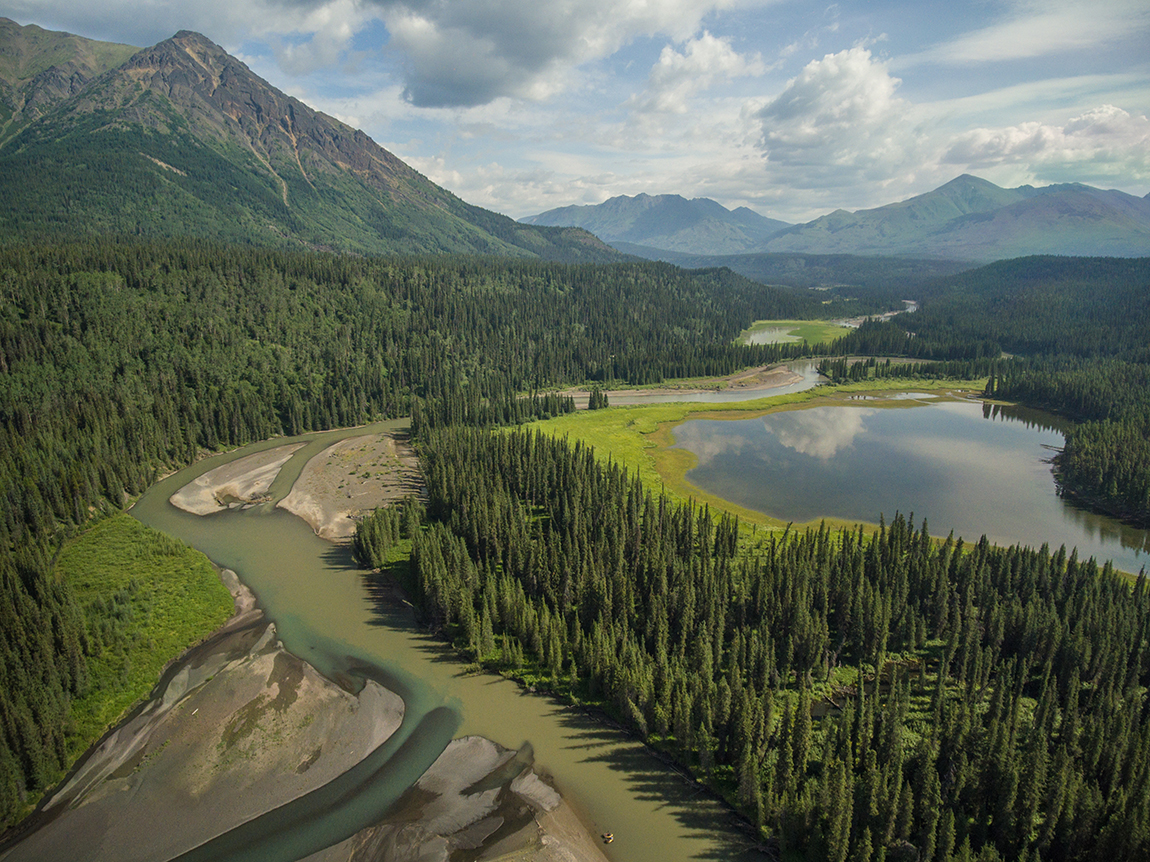 spatsizi river Bikerafting Sacred Headwaters 2