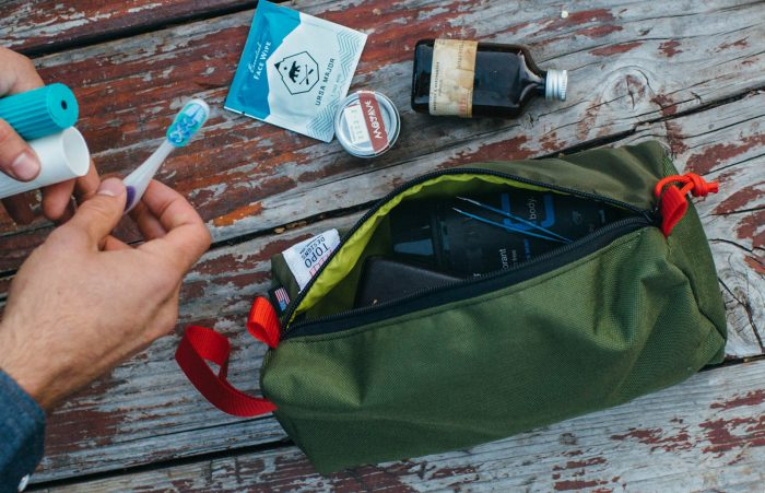 Topo designs dopp kit colorado, usa