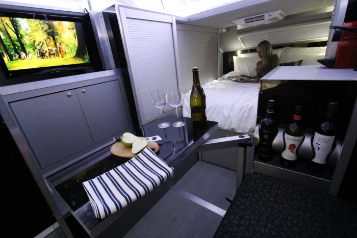 bruder exp-6 bed wine galley