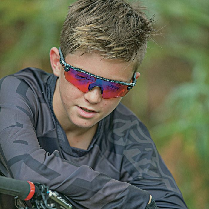 oakley youth mountain biker
