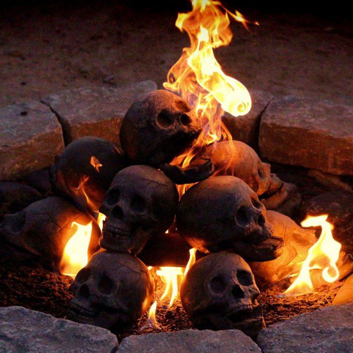fire pit skulls