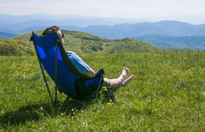- ENO Lounger DL: Hammock Comfort In A Camp Chair