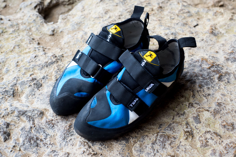 how to buy rock climbing shoes
