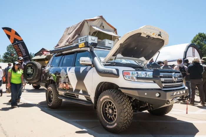 Expedition Overland LC200 Overland Expo