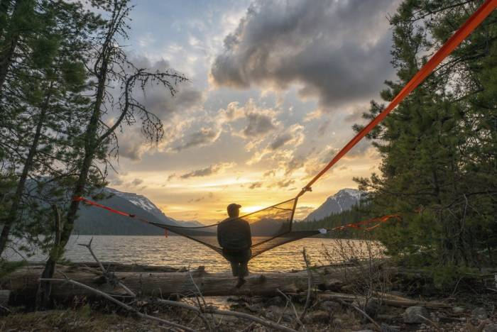 Tentsile Mesh: Three-Point Hammock For Hot Weather - Mesh: Three-Point Hammock For Hot Weather