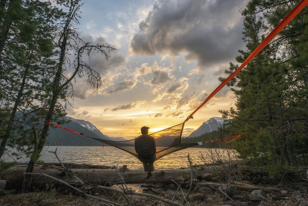 Tentsile Mesh: Three-Point Hammock For Hot Weather