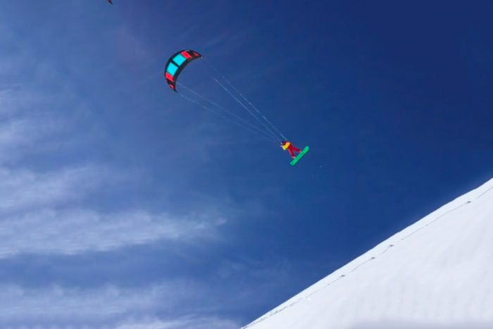snowkiting floating over mt st helens aaron sales