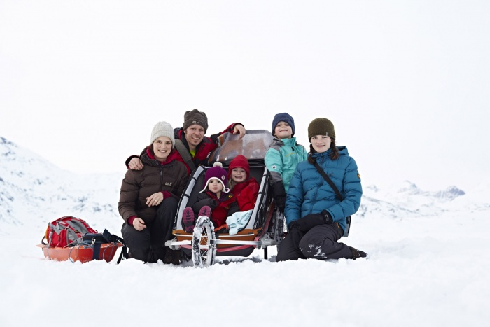 Jana & Jens Steingässer with kids in Tasiilaq