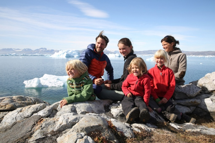 Jana & Jens Steingässer with kids in Tiniteqilaaq