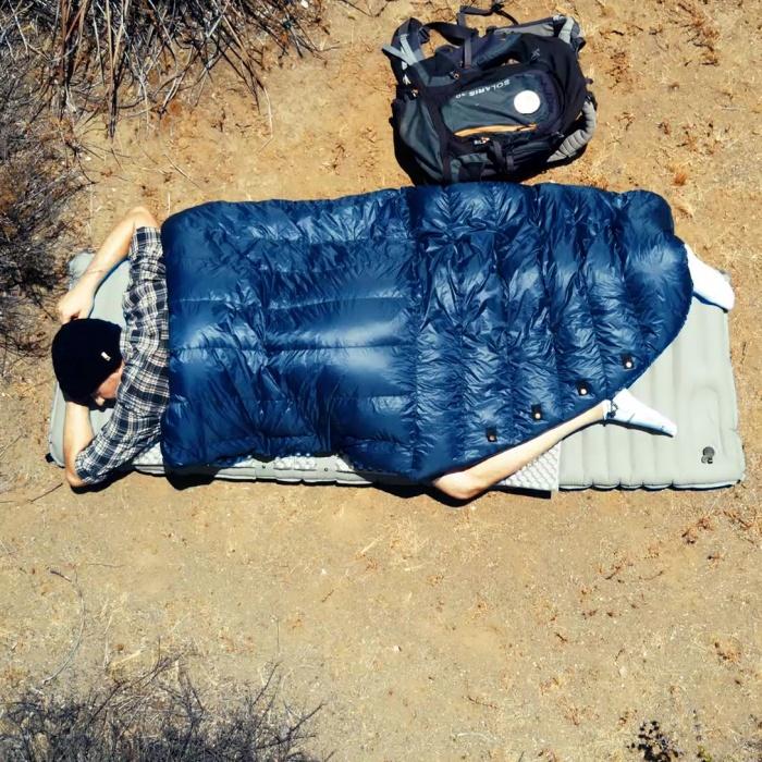 no zipper camping bed