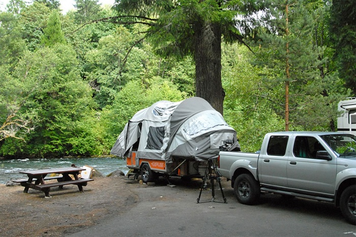 OPUS air camper trailer poleless inflate