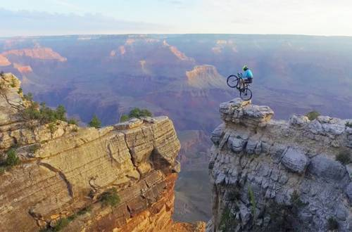 Vittori Brumotti grand canyon