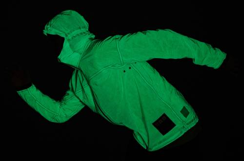 vollebak-solar-charged-jacket-running