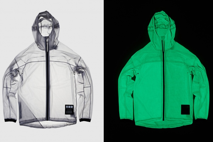 vollebak-solar-charged-jacket-side-by-side
