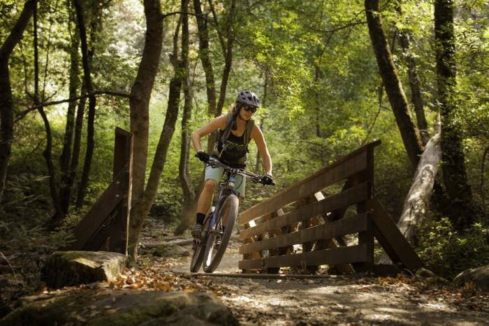 A mountain biking class at the Pursuit Series Adult Summer Camp
