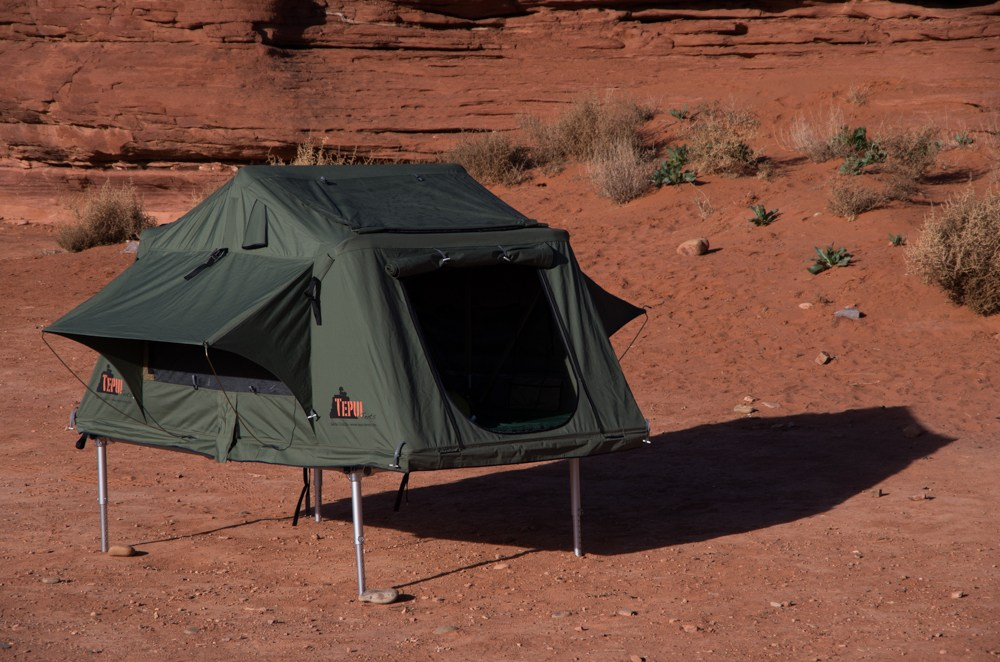 Hitch u0027n Pitch rooftop tent mount & Hitch-Mountable: u0027Rooftopu0027 Tents Down To Earth