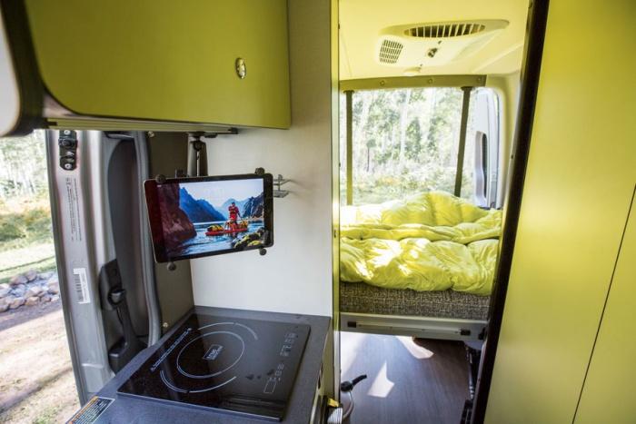 Winnebago Revel 4x4 Adventure Camper