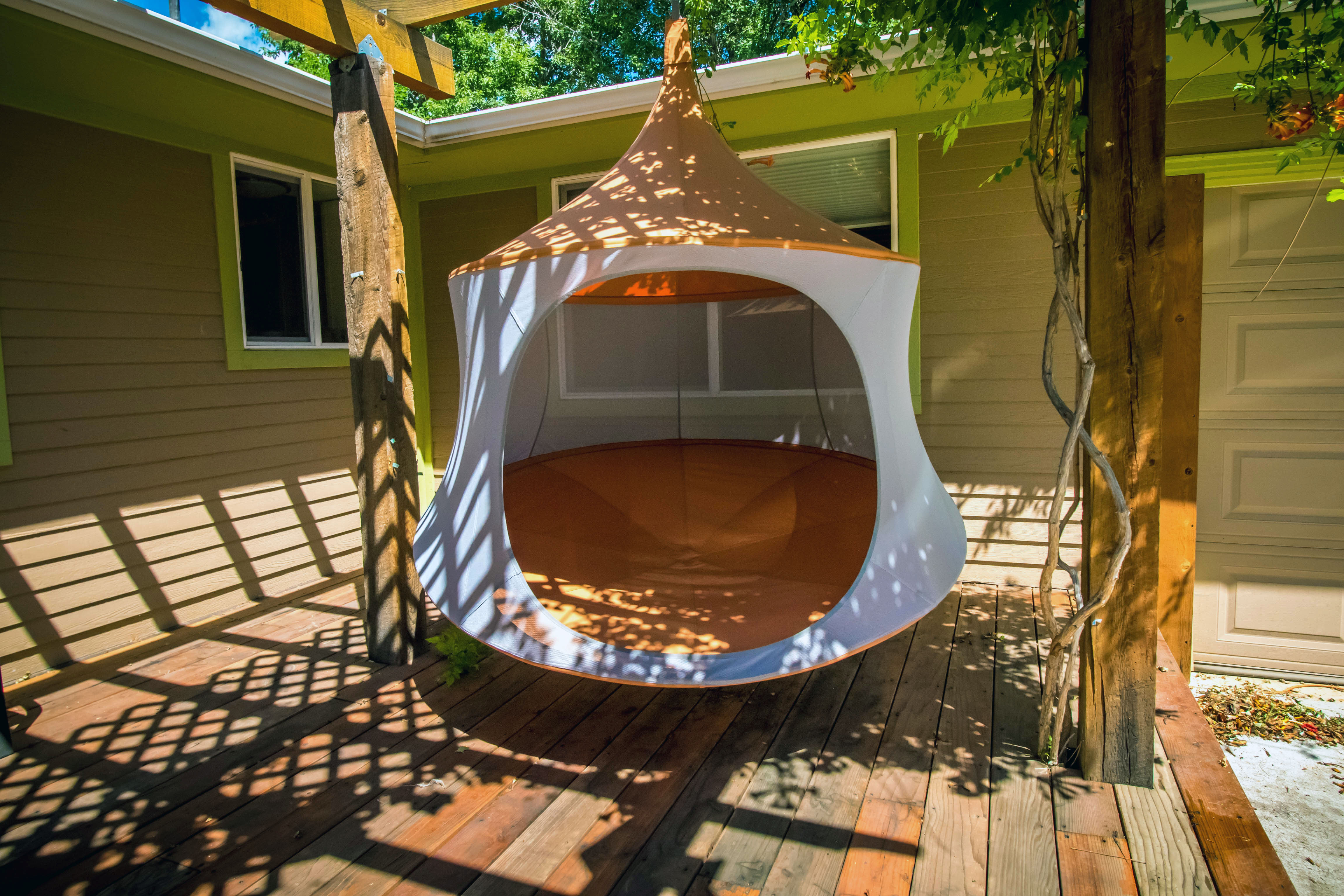 all mesh treepod offers airy new way to hang