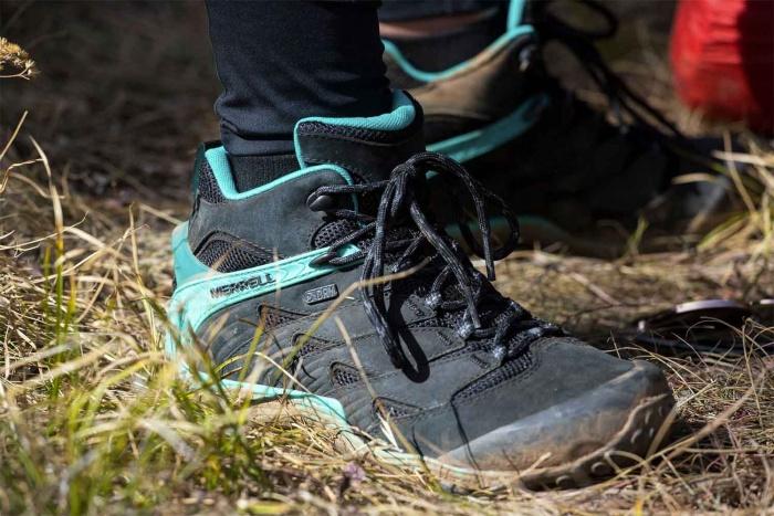 Women's Chameleon 7 hiking boots