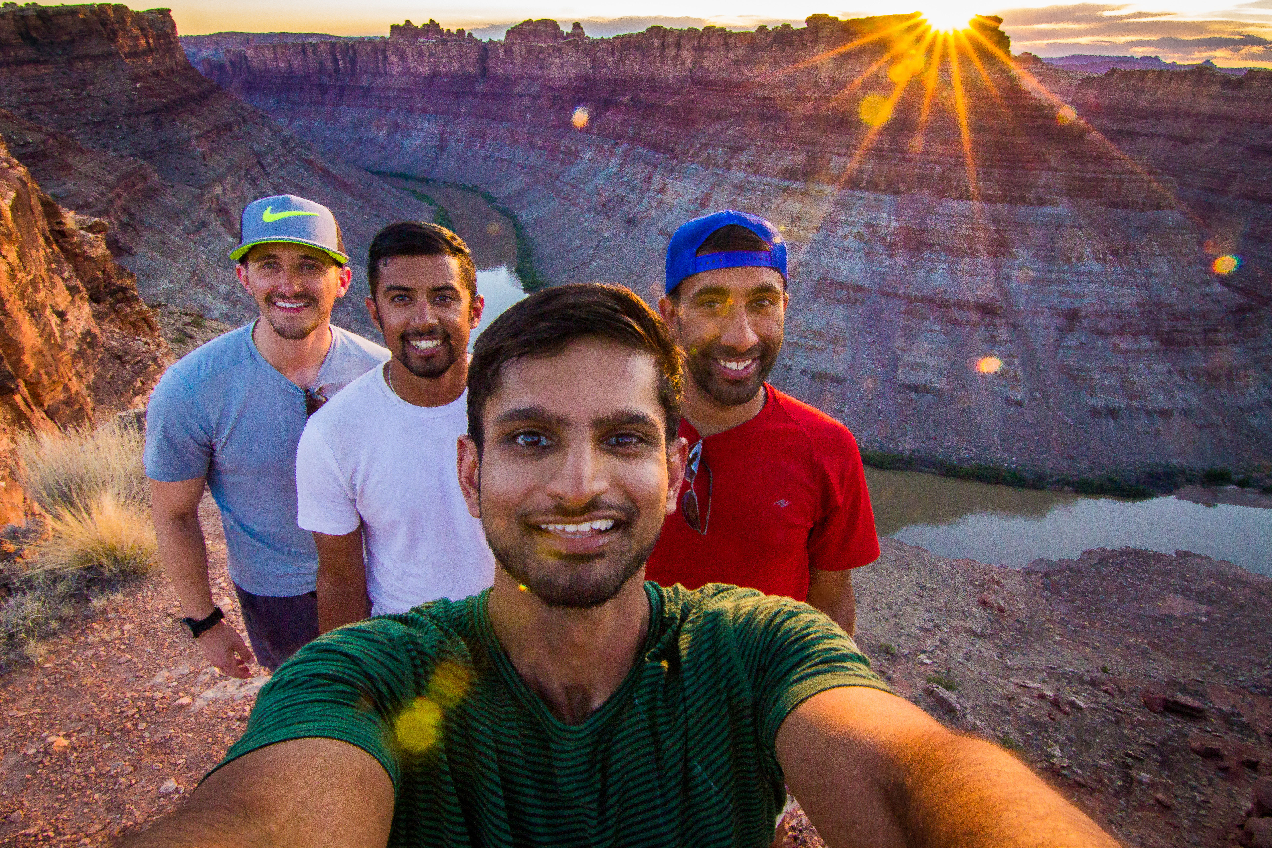 selfie canyon hikers sunset