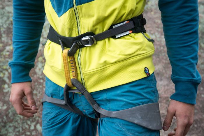 black diamond solution climbing harness review
