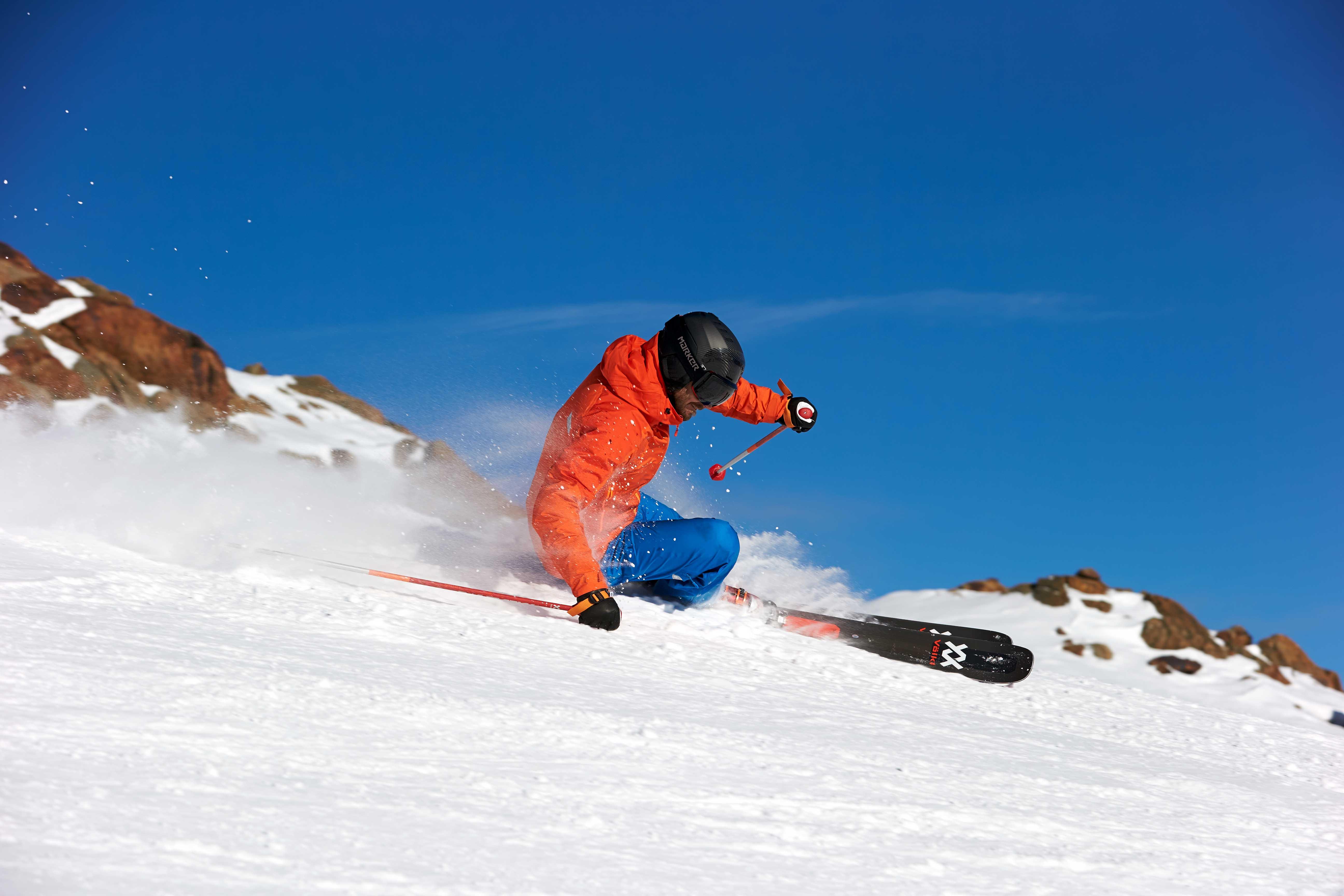 Volkl Kendo vs Volkl Mantra M5 Snow+Rock Ski Review