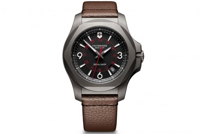 victorinox inox titanium watch