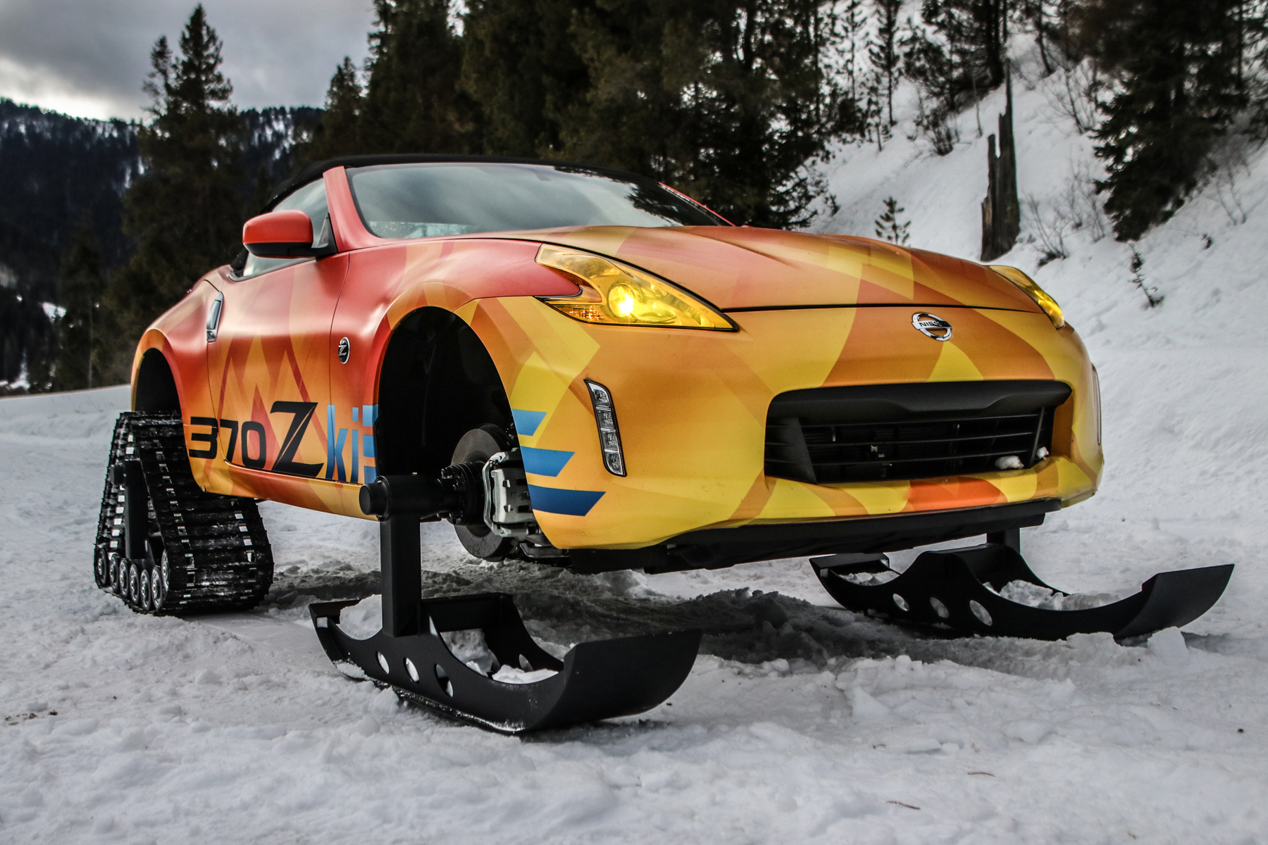 nissan 300zki snowmobile car