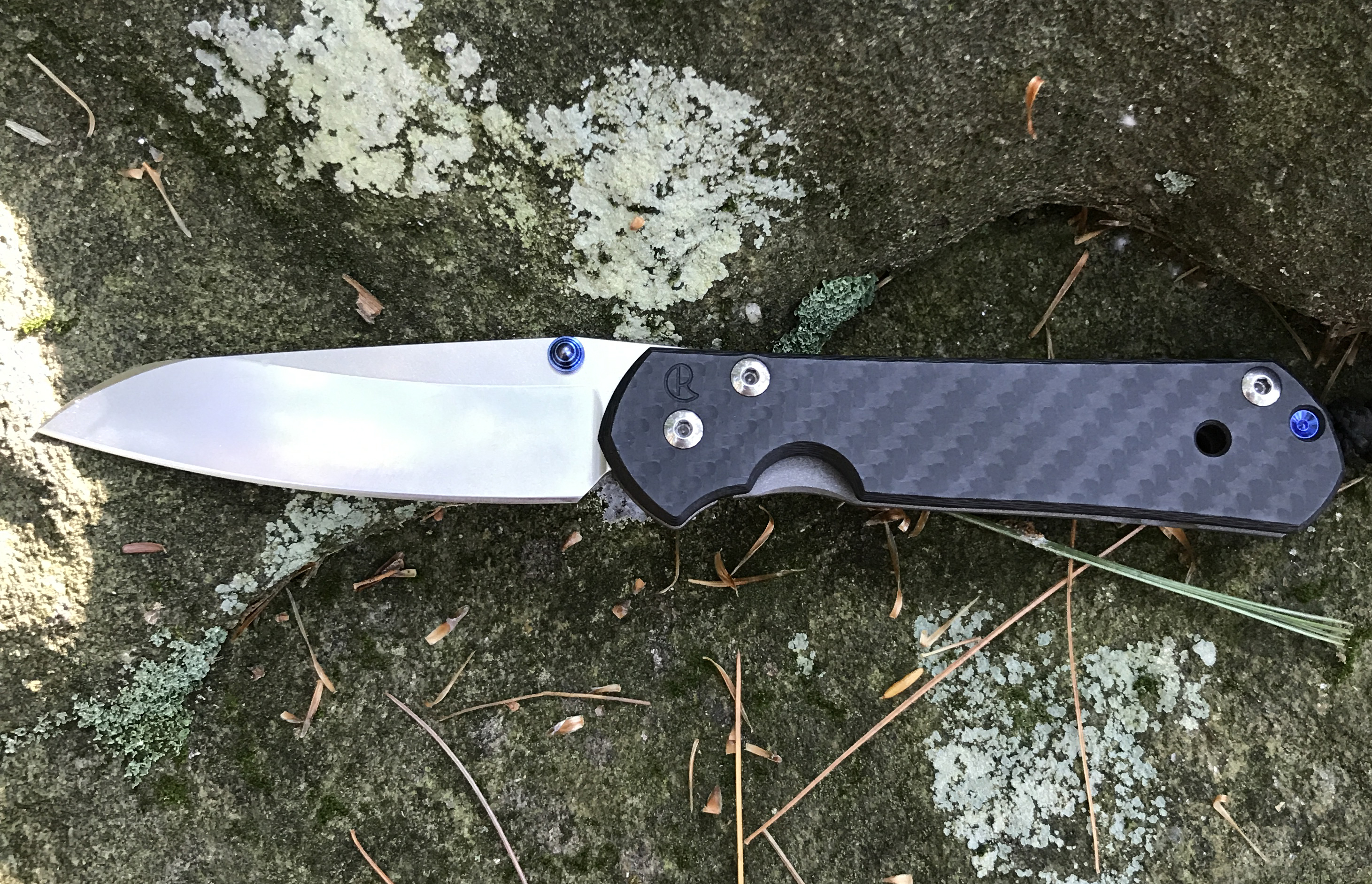 Sebanza custom knife carbon fiber