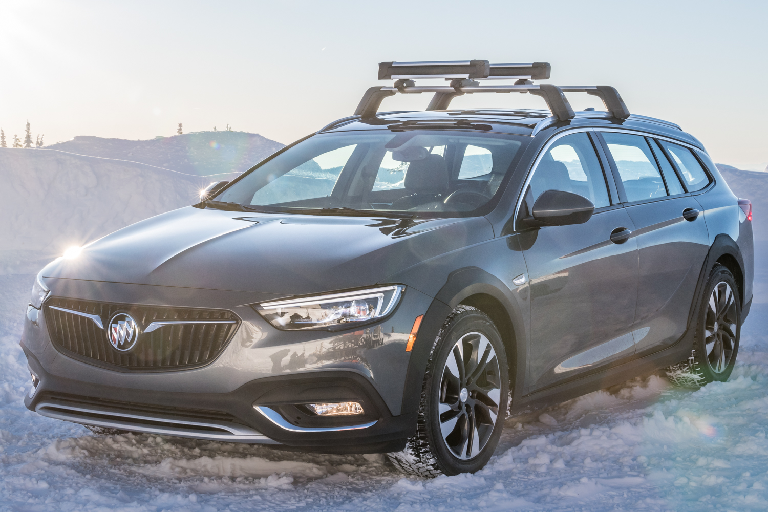 2018 Buick Regal TourX Review: King of the Mountain Town