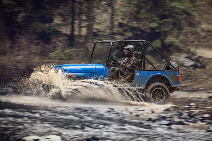 jeep Mahindra Offorad ROXOR fording river
