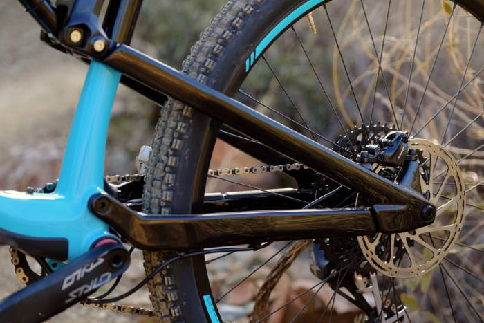 Review: 2018 Rocky Mountain Thunderbolt Carbon 50