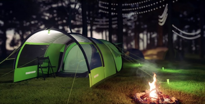 cinch tent lights & Smart Tent: Solar-Charging Shelter Pairs With Phone