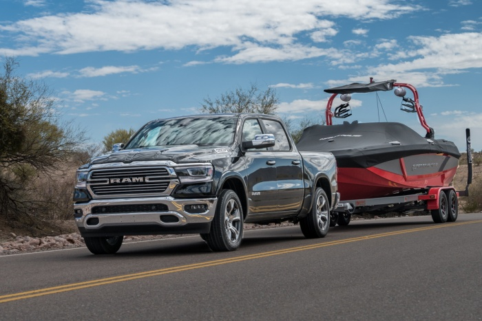 2019 dodge ram 1500 towing boat