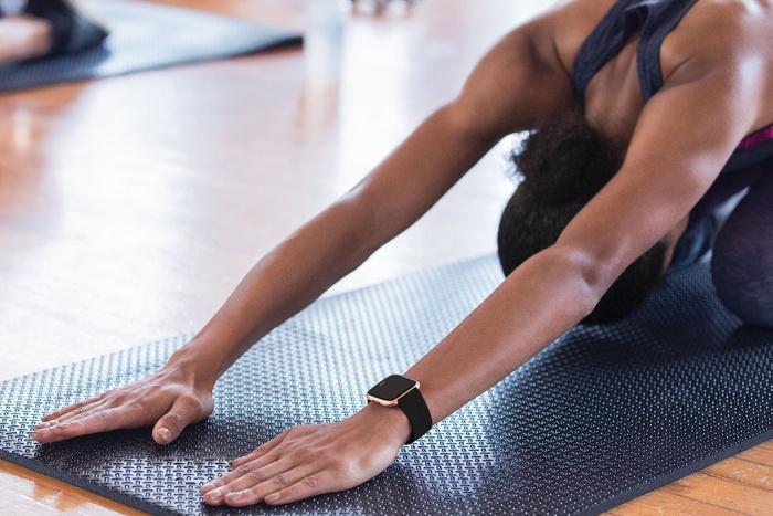 fitbit versa yoga