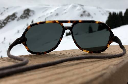 Tested: Ombraz strapped sunglasses without sidearms review